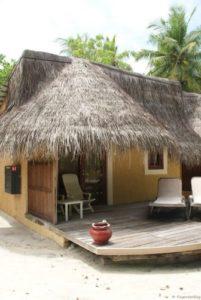 Malediven Kuredu Garden Bungalow