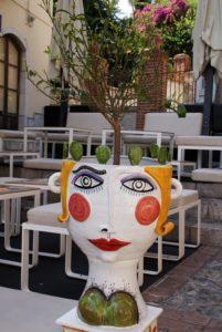Taormina Blumentopf mit Gesicht