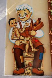 Taormina Holzfiguren