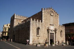 Taormina Duomo di San Nicolò di Bari