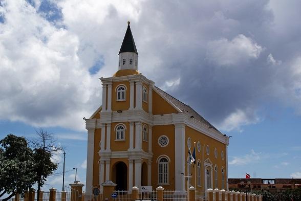 Willemstad Wilhelminaplein Kirche Emanu-El