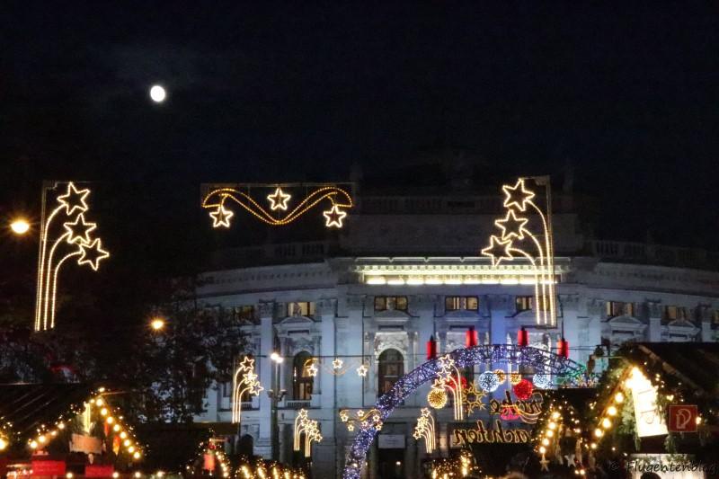 Wien Christkindlmarkt Rathausplatz Burgtheater