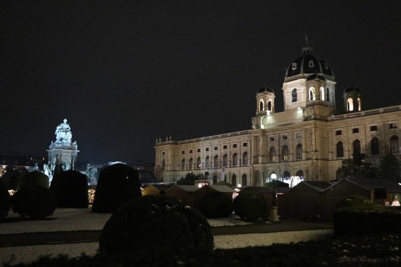 Wien Naturhistorisches Museum Maria Theresien Platz Christkindlmarkt