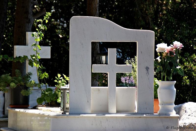 Skiathos Friedhof Cementary