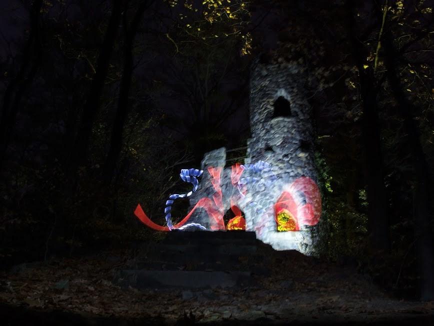 Ruine Schomburg ei Nacht mit Lightpaiting Effekten