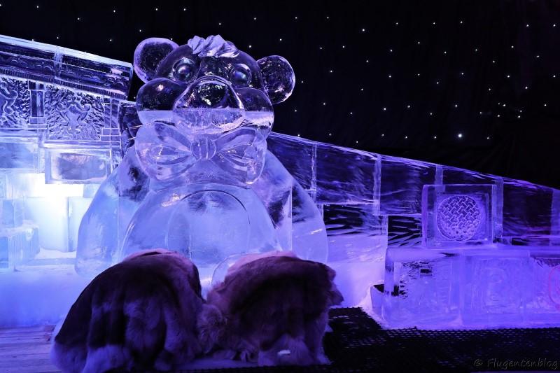 Baer aus Eis bei IceMagic