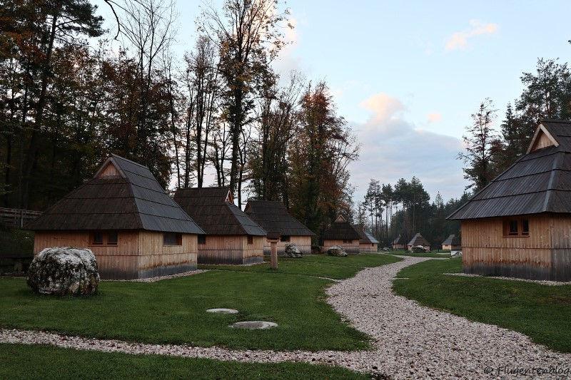 Wooden Cottages im Slovenia Eco Resort