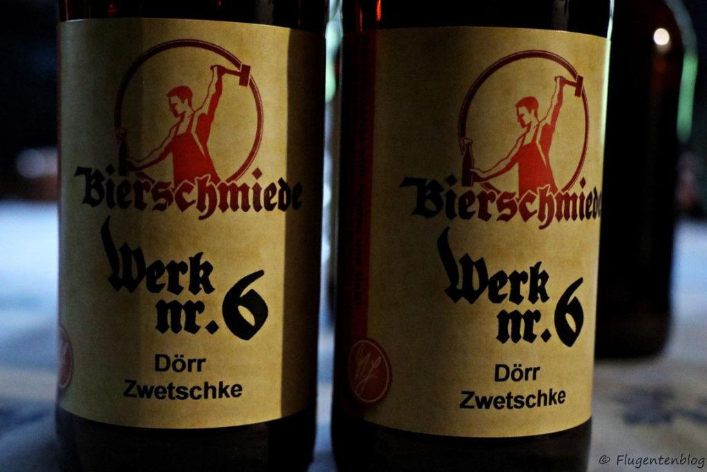 Flaschen mit Bier von der Doerrzwetschke