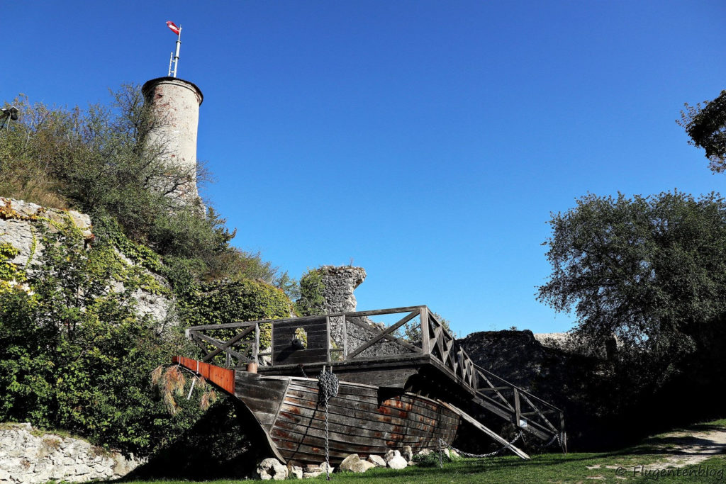 Ausflugsziele Weinviertel Falkenstein Ruine Taeufer Galeere