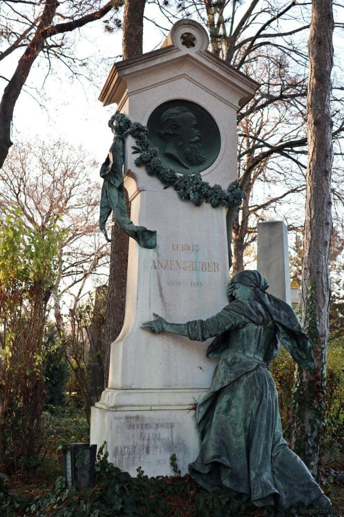 Grab Ludwig Anzengruber Wien Zentralfriedhof