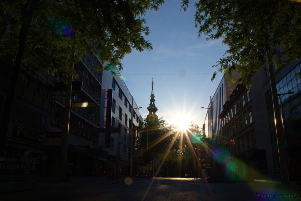 Wien Mariahilferstraße in der Morgendaemmerung