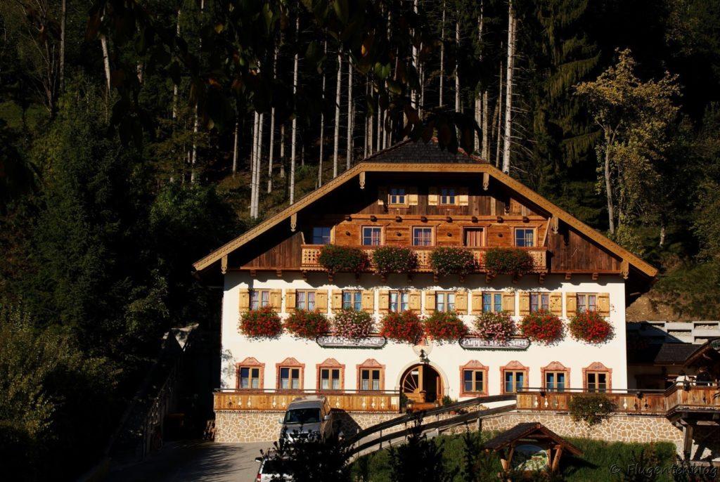 Wolfgangsee-Restaurant-Dorf-Alm